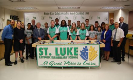 Minister Hunter Visits St. Luke in Hamilton