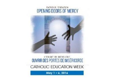 Opening Doors of Mercy/Ouvrir des portes de miséricorde